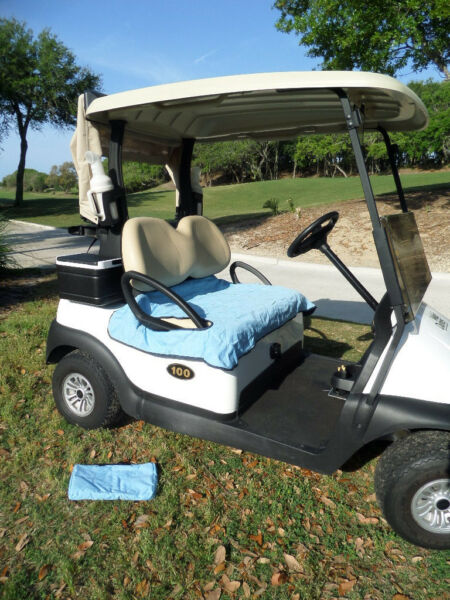 golf cart seat blanket -Carolina Blue/Navy Fleece w/carry case shipping included