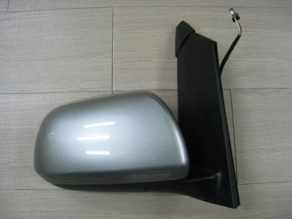 FOR TOYOTA SIENNA 11-12 OEM mirror passenger side view 1D6 silver-RIGHT