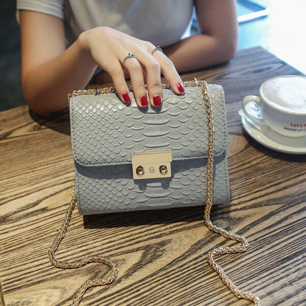 Women Crocodile handbag Women Crossbody messenger shoulder Small bag COOL WALKER $33.80