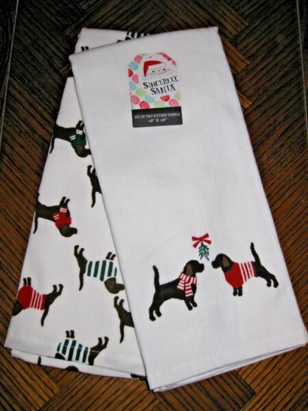 2 Sincerely Santa DOGS in Christmas Sweaters amp; Scarfs KITCHEN Tea Dish TOWELS $17.95