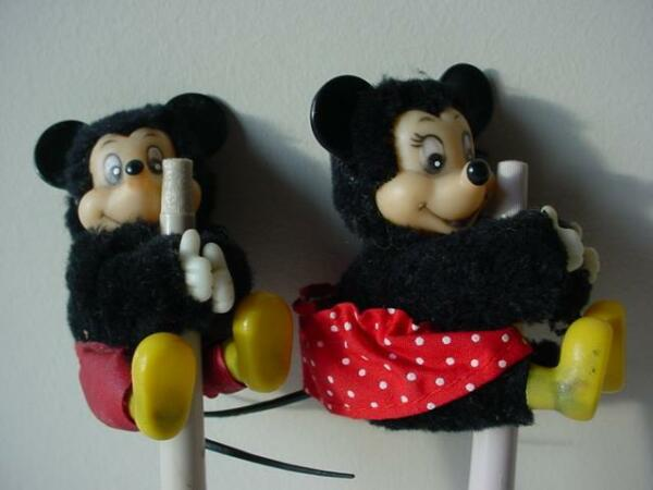 HTF VINTAGE MICKEY amp; MINNIE PEN PENCIL HOLDERS
