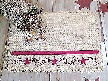 Primitive Country Berry Vine Burlap Runner with 4 matching Berry Vine place mats