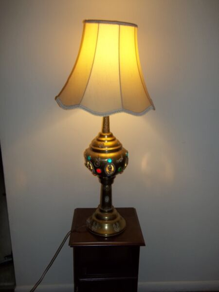 Very Beautiful Vintage Buddha & peacock Brass Table Lamp  The mid 20th century