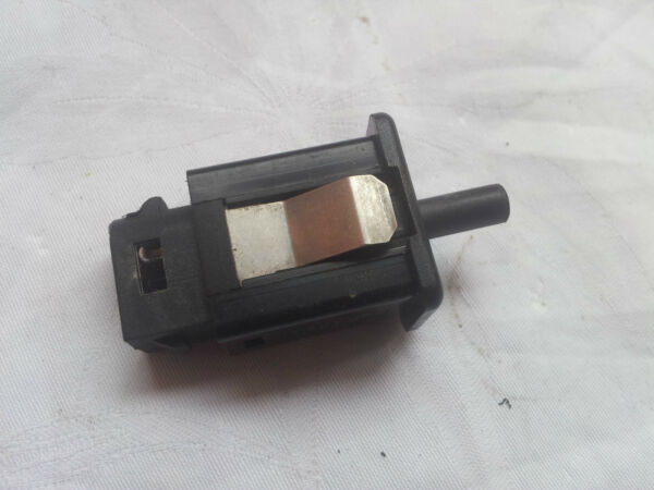 BMW E39 E46 E53 E60 E63 E81 E90 Interior Glovebox Light Sensor Switch Control OE