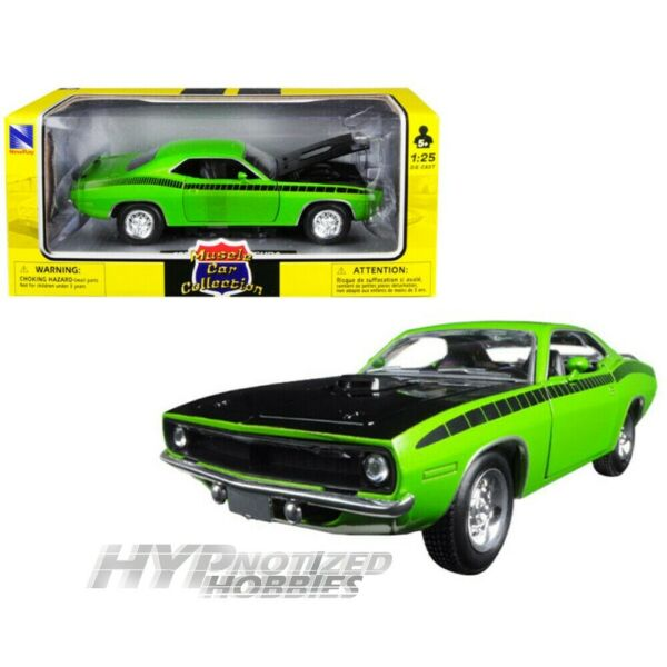 NEWRAY 1:24 MUSCLE CAR 1970 PLYMOUTH BARRACUDA DIE CAST GREEN 71873A