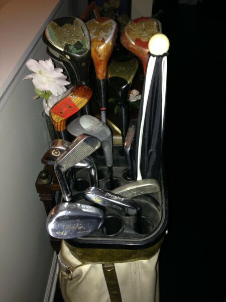 Beginner set of Golf Clubs with bag Woods and Irons full set.