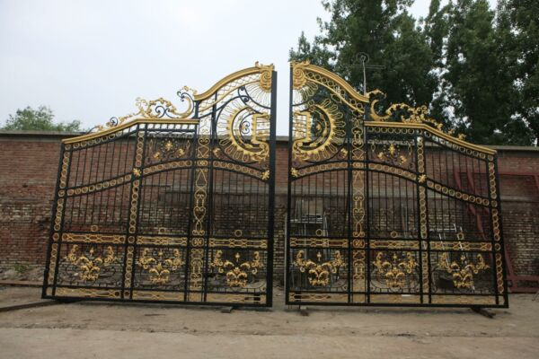 THE BEST HAND MADE WROUGHT IRON VICTORIAN STYLE GATES ON EBAY - IM100