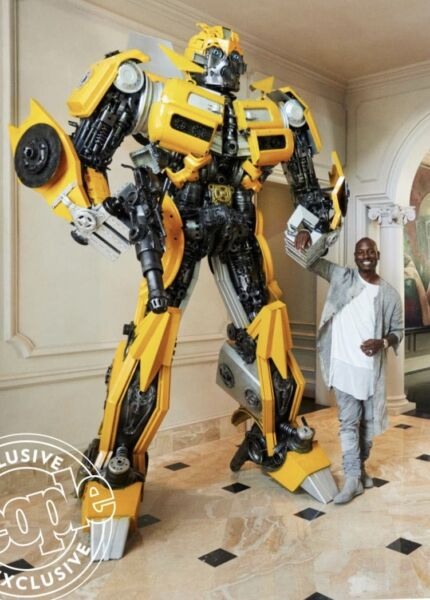 Life Size 13 feet TRANSFORMER BUMBLEBEE Sculpture Made from REAL CAR PARTS!