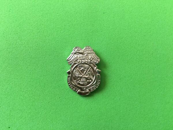 US ARMY MP HAT PIN