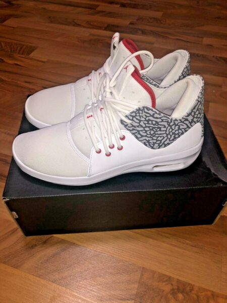 NEW Rare Air Jordan First Class White Size 9 Elephant Shoes
