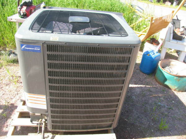 4 Ton Goodman 18 SEER R 410A Two Stage Heat Pump Condenser $3000.00