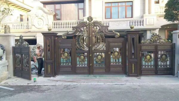 INCREDIBLE ALUMINUM ESTATE LARGE SET OF DRIVEWAY GATES WITH SIDE GATES - AG2