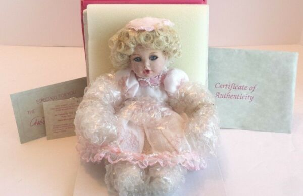 BRAND NEW NRFB MARIE OSMOND ALL TOILED UP TINY TOT PORCELAIN DOLL W