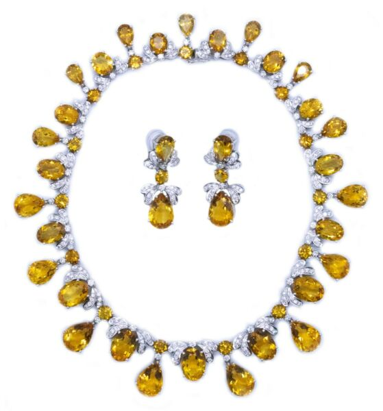 NECKLACE AND EARRINGS 18 KT SUITE WITH 308.16 Cts OF DIAMONDS & ORANGE CITRINE