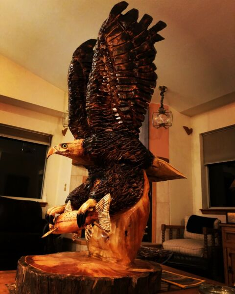 NEW! Hand Carved SOARING BALD EAGLE Art  Cabin Decor Chainsaw Wood Carving.