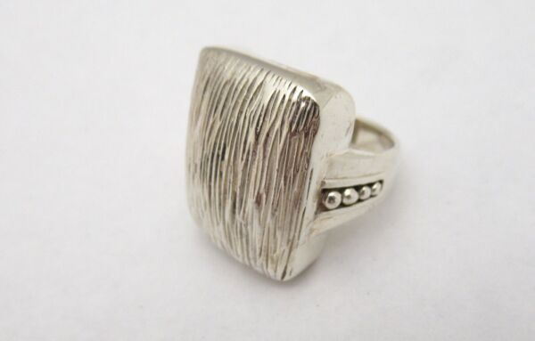925 Sterling Silver Textured Pattern Square Top Ring Elegant Design Size 6 $26.99