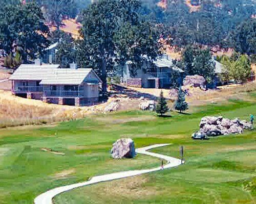 STALLION SPRINGS, TEHACHAPI, CA - ANNUAL FLOATING WEEK