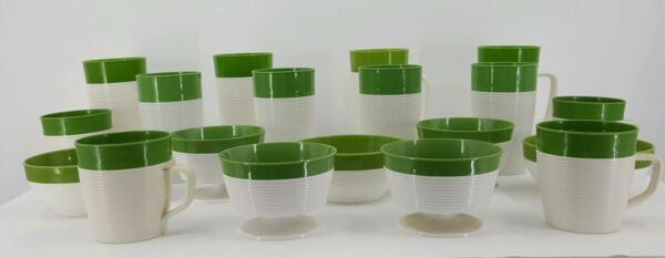 Vintage 1950s Mid Century Raffiaware by Thermo-Temp 19 pc's Green