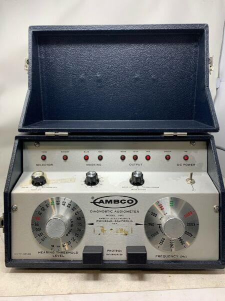 Ambco Model 1150 Diagnostic Audiometer Portable Ear Hearing Tester MW2G