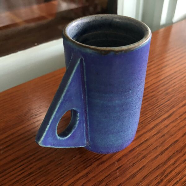 Evelyn LaMers Studio Pottery Stoneware Blue Memphis Style Cup Ohio Pottery
