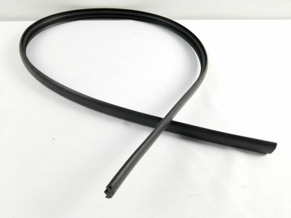 2 Thule Replacement Smooth Rubber Strip 47quot; $22.00