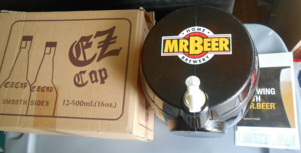 2010 Mr. Beer Brewery Keg wSpigot Twelve 16 Oz Glass Bottles Stoppers Guides NR