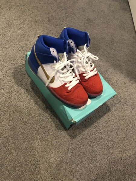 Nike SB Dunk High French Flag VNDS Size 8.5