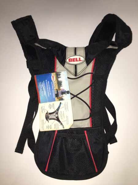 BELL Back 50 Hydration Pack New With Tags Black Hiking Vacation Water H2o $15.00