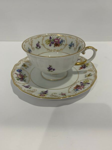 Franconia K amp; A Krautheim Selb Bavaria Germany Cup and Saucer Flowers