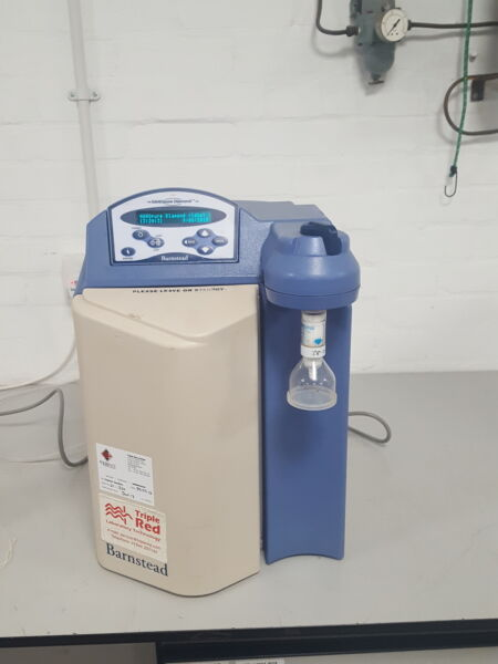 Barnstead Nanopure Diamond Lab Water Purifier System UV  UF