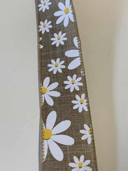 """5 Yds 1 1 2"""" Wired Natural Color Faux Burlap Ribbon With White Daisies"""