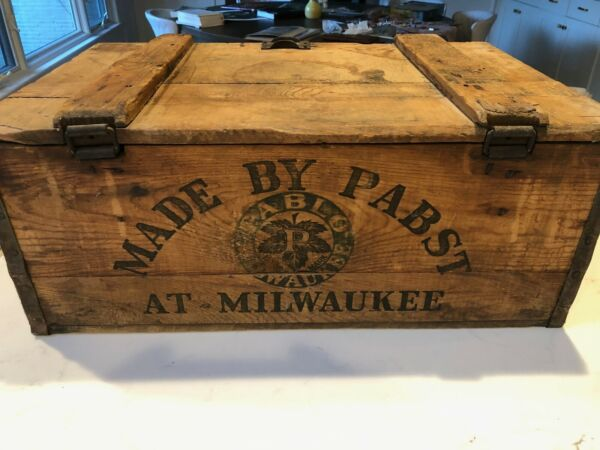 Vintage 1917 Wooden Beer Crate Pabst Brewing Milwaukee Wisconsin Blue Ribbon Box