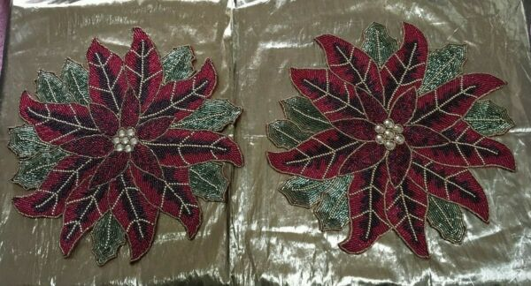 SET of 4 CHRISTMAS POINSETTIA GLASS BEADED CRYSTALS PLACEMATS 15quot; DIAMETER*NWT