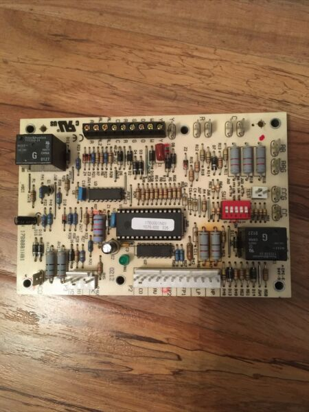 ClimateMaster Carrier Heat Pump Furnace Control Board 17B0001N01 $60.00