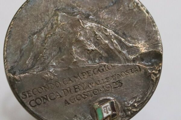 ITALY 1923 CAMPING MEDAL VALLE D#x27;AOSTA OWNER CORRIERE DELLA SERA 25mm B31 XO29 $29.61