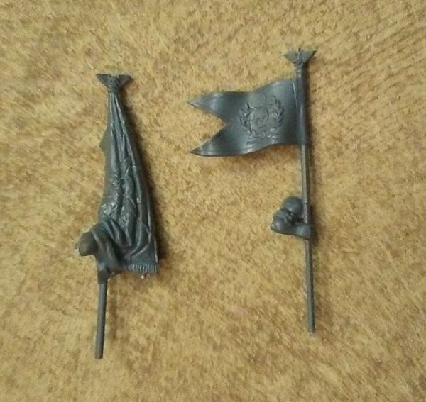 Imperial Guard Catachan Command Banners Bits x2