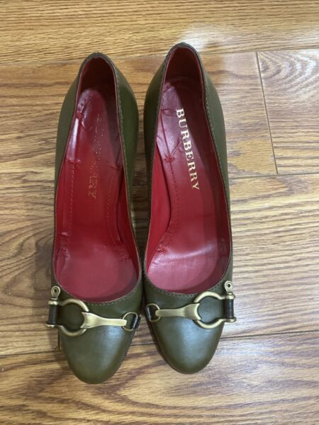Burberry Green Shoes Size 8.5 $199.00