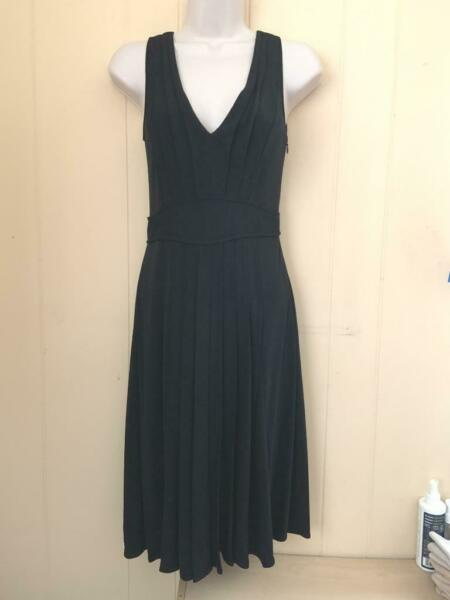 MOSCHINO BLACK PLEATED ITALIAN DRESS SIZE 4 $24.95