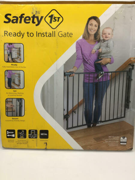 Safety 1St Ready To Install Top Of Stairs Gate Gray Regular