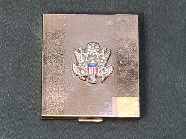 AS IS WWII Rhinestone Army Eagle Compact Sweetheart Makeup Vanstyle Vtg 1940s