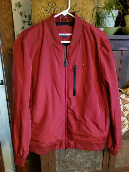 Tommy Hilfiger Mens Jacket Size Large Quilted Lined Full Zip NWOT $29.99