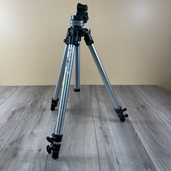 Bogen Manfrotto 3001 Tripod Read Description