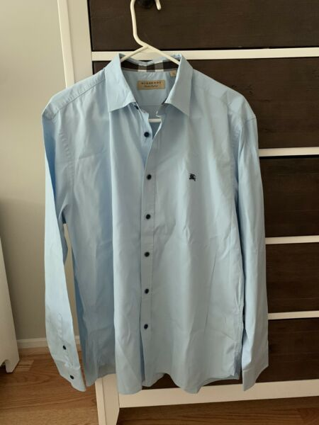 100% Authentic Burberry Men#x27;s Shirt XXL. Light Blue Color. Great Condition $115.00