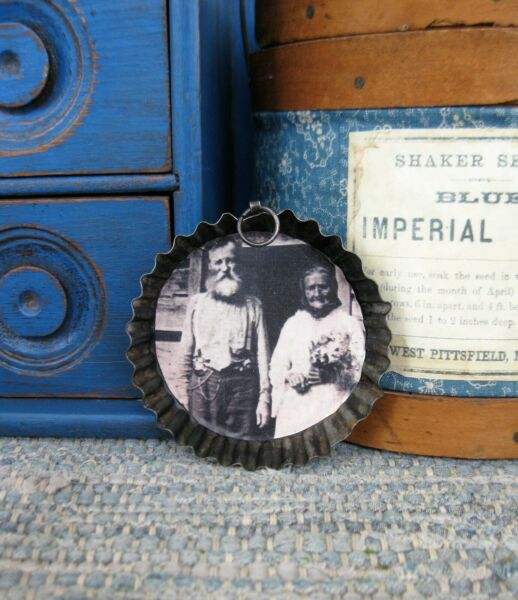 Small Antique Fluted Tin Tart Pan w Old Photo Print Anniversary Couple