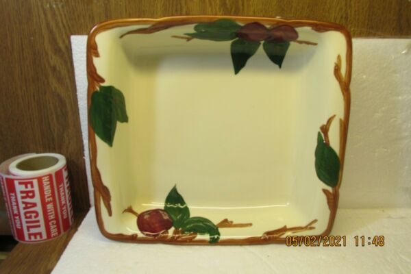 Vintage Franciscan Ware Apple Pattern 9quot; Square Microwave Baker USA