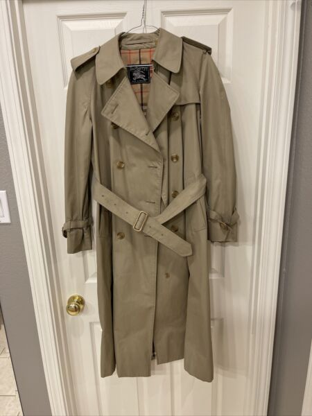 """BURBERRY TRENCH COAT Beautiful BEIGE SIZE 42 36"""" Bust Vintage Nova Check $219.99"""