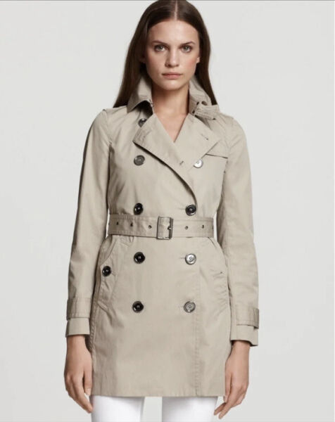 Authentic BURBERRY Trench Coat Size 6US $385.00
