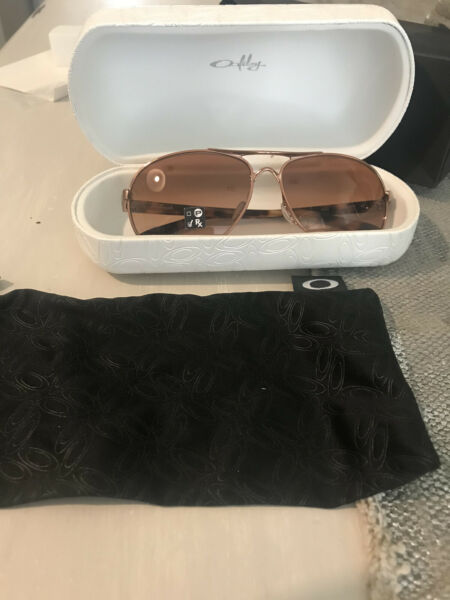 Oakley Feedback Sunglasses Rose Gold NIB $125.00