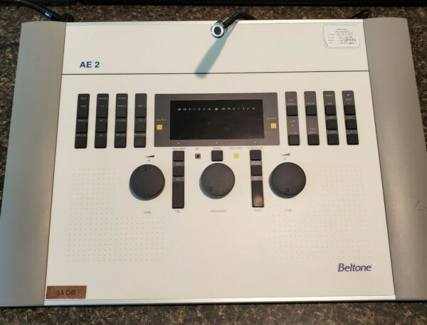 Beltone AE2 Clinical Audiometer Hearing Tester **USA Seller** FREE SHIPPING