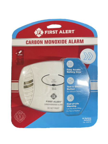 First Alert Carbon Monoxide Detector Battery Operated New $22.00